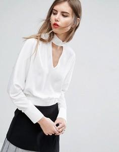 Укороченная блузка с рукавами летучая мышь и лентой на шее ASOS - Белый
