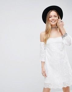 Платье с открытыми плечами Parisian - Белый