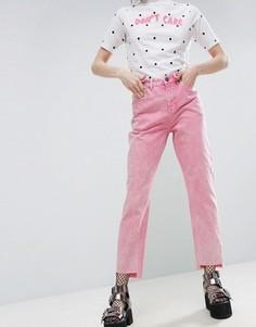 Розовые джинсы в винтажном стиле с асимметричными краями ASOS ORIGINAL - Розовый