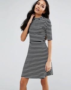 Платье миди в полоску с высокой горловиной и рукавами 3/4 Vero Moda - Черный