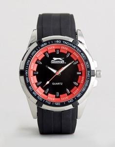 Черно-красные часы с силиконовым ремешком Slazenger - Черный