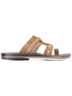 сандалии с заклепками Calleen Cordero