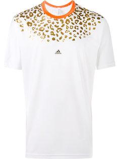 футболка с леопардовым принтом Adidas By Kolor