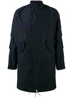пальто в стиле милитари с высоким воротником Sophnet.