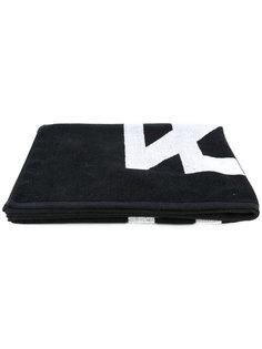 полотенце с геометрическим узором  KTZ