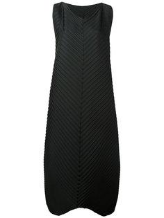 long pleated dress  Issey Miyake