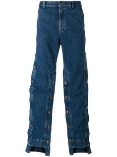 широкие джинсы с декоративными пуговицами Y / Project