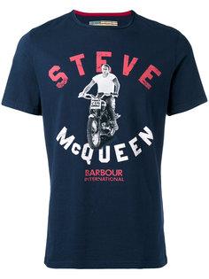 футболка с принтом мотоциклиста Steve McQueen  Barbour