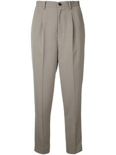 cropped trousers   En Route