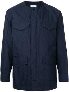 multi-pockets collarless jacket En Route