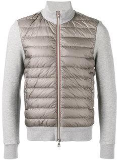 стеганая куртка с контрастными рукавами  Moncler