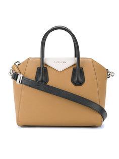 маленькая сумка Antigona  Givenchy