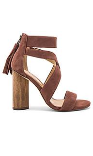 Туфли на каблуке jara - Splendid