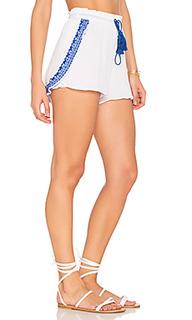 Capri petal shorts - vitamin A
