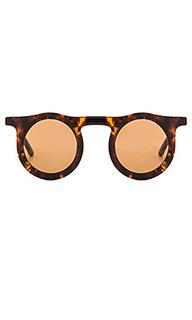 Солнцезащитные очки lind - Carla Colour