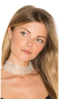 Crossed choker - 8 Other Reasons