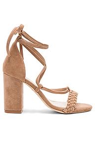 Туфли на каблуке lulu - RAYE