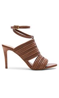 Туфли на каблуке karli - BCBGeneration