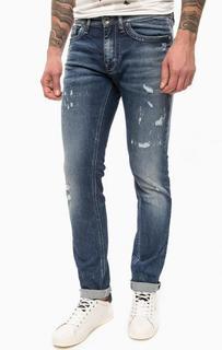 Синие зауженные джинсы с потертостями и рваными деталями Gas