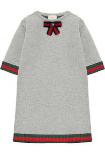 Хлопковое платье свободного кроя с контрастными манжетами и брошью Gucci