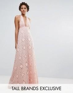 Пышное платье макси для выпускного с лямкой через шею и ажурной кружевной отделкой True Decadence Tall - Розовый