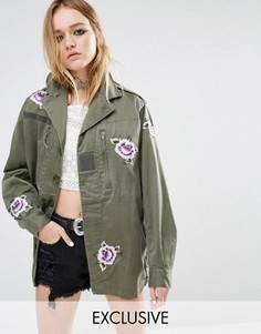Куртка в стиле милитари с нашивками Reclaimed Vintage - Зеленый