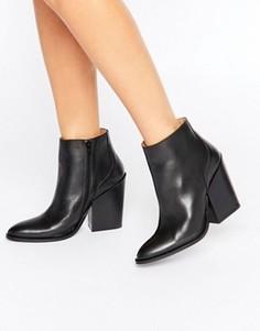 Черные кожаные ботильоны на каблуке Selected Femme Tania - Черный