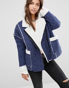 Оversize-куртка с подкладкой из искусственного меха от Boohoo - Синий