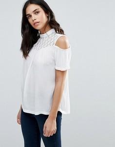 Блузка с открытыми плечами b.Young Gelio - Белый