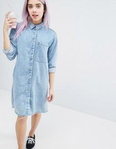 Платье-рубашка с эффектом кислотной стирки Monki - Синий
