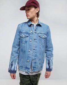 Джинсовая куртка с вышивкой в виде пламени ASOS - Синий