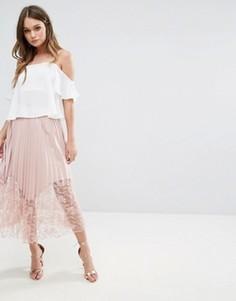 Плиссированное платье миди с кружевом Boohoo - Розовый