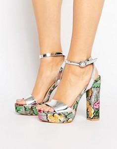 Сандалии на каблуке и платформе с цветочным принтом Public Desire Yana - Серебряный