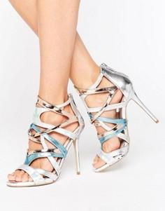 Босоножки цвета металлик на каблуке и с ремешками Carvela Gum - Серебряный