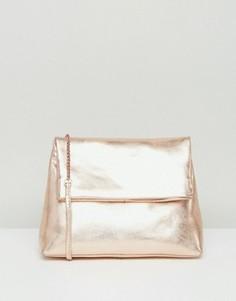 Кожаная сумка через плечо с откидным клапаном и цепочкой ASOS - Золотой