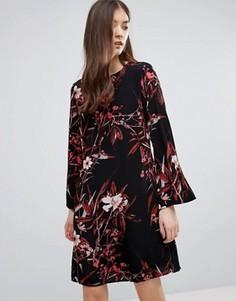 Платье мини с принтом и рукавами-колокол Gestuz - Черный