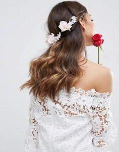 Заколка для волос с цветочной отделкой ASOS Wedding - Розовый