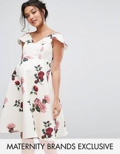Платье с открытыми плечами и цветочным принтом Chi Chi London Maternity - Мульти