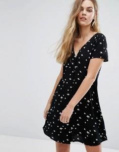 Чайное платье на пуговицах с принтом J.D.Y - Черный JDY