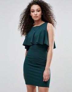 Платье с открытыми плечами и оборкой Wal G - Зеленый