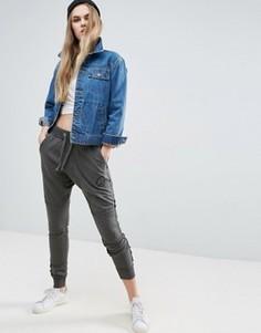 Спортивные брюки Criminal Damage - Серый