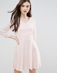 Короткое приталенное платье Pussycat London - Розовый