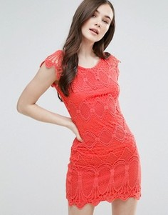 Кружевное цельнокройное платье Pussycat London - Розовый