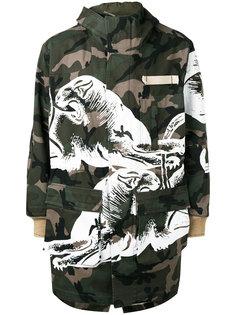 пальто с камуфляжным принтом Valentino