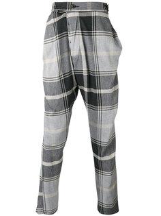 клетчатые брюки с заниженным шаговым швом Vivienne Westwood Man