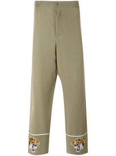 брюки с вышивкой тигров Laneus