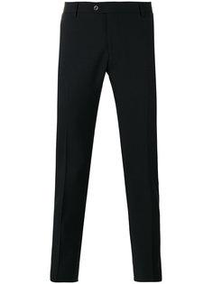 классические брюки кроя слим Tonello