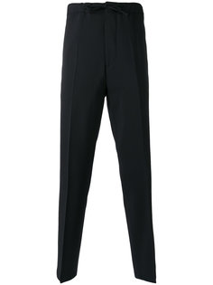 классические брюки с заниженной проймой Closed