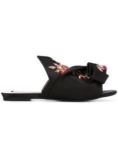 сандалии с бантом и цветочным украшением Nº21