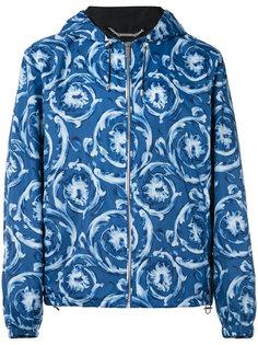 куртка с капюшоном и орнаментом Versace